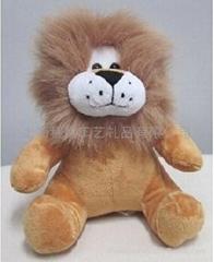狮子毛绒玩具