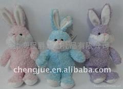 毛絨小白兔玩具