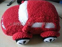 毛絨汽車玩具