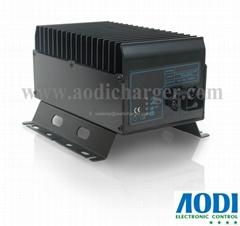 替换JLG 7041410 和0400177  24V25A 剪式高空作业平台车充电器