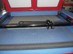 KH1810 CO2 Laser Engraving Cutting Machine for fabric w/auto roll feeding system