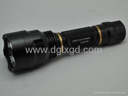強光手電筒 2