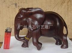 紅木雕大象