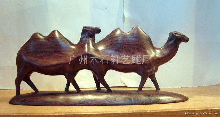 紅木雕駱駝 1