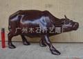 紅木雕牛 4