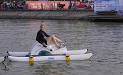 水上自行车-沙发艇