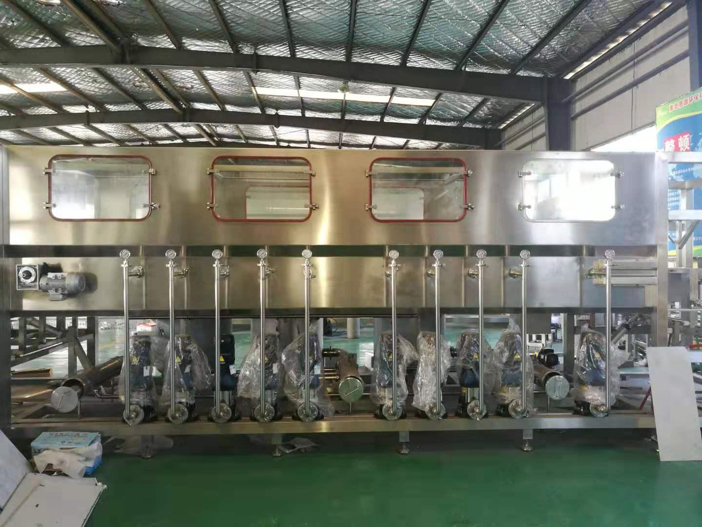 300型桶裝純淨水設備 2