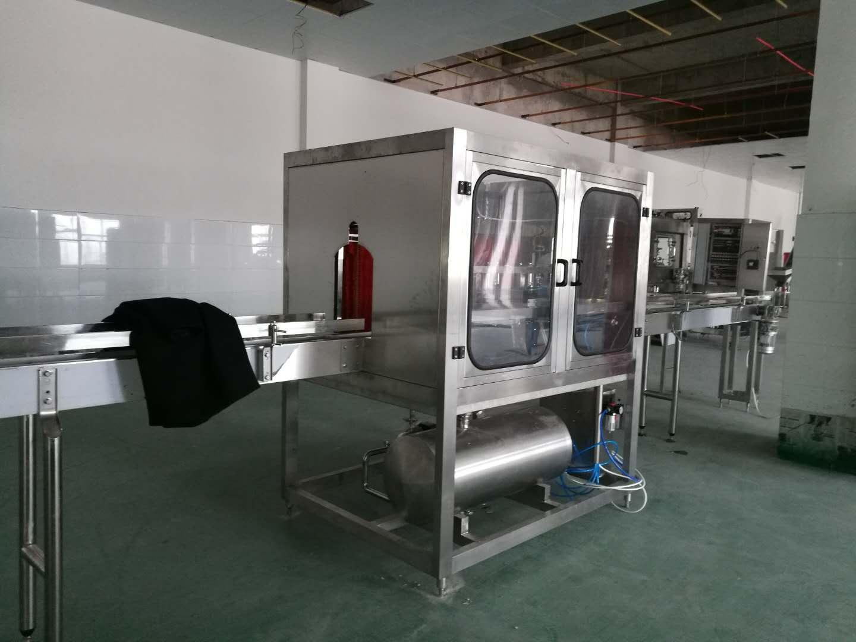 300型桶裝純淨水設備 4