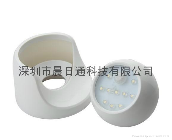 360 Degree Rotating LED Human Body Infrared Motion Sensor Night Light 4
