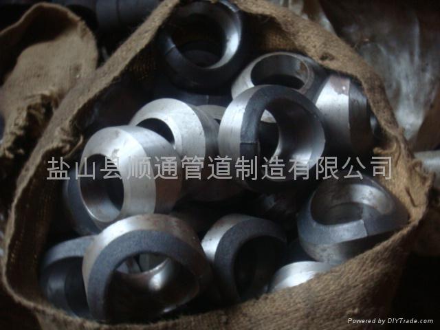 对焊支管台 1
