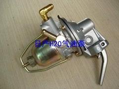 供應日產發動機配件氣油泵