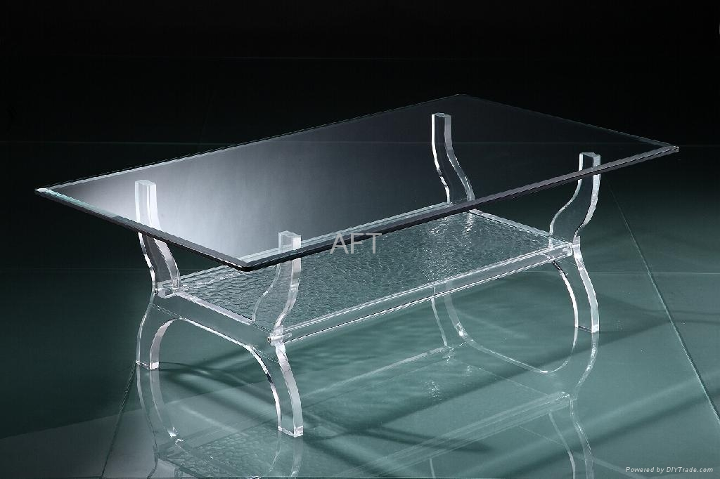 LUCITE GLASS RECTANGLE COFFEE TABLE  1
