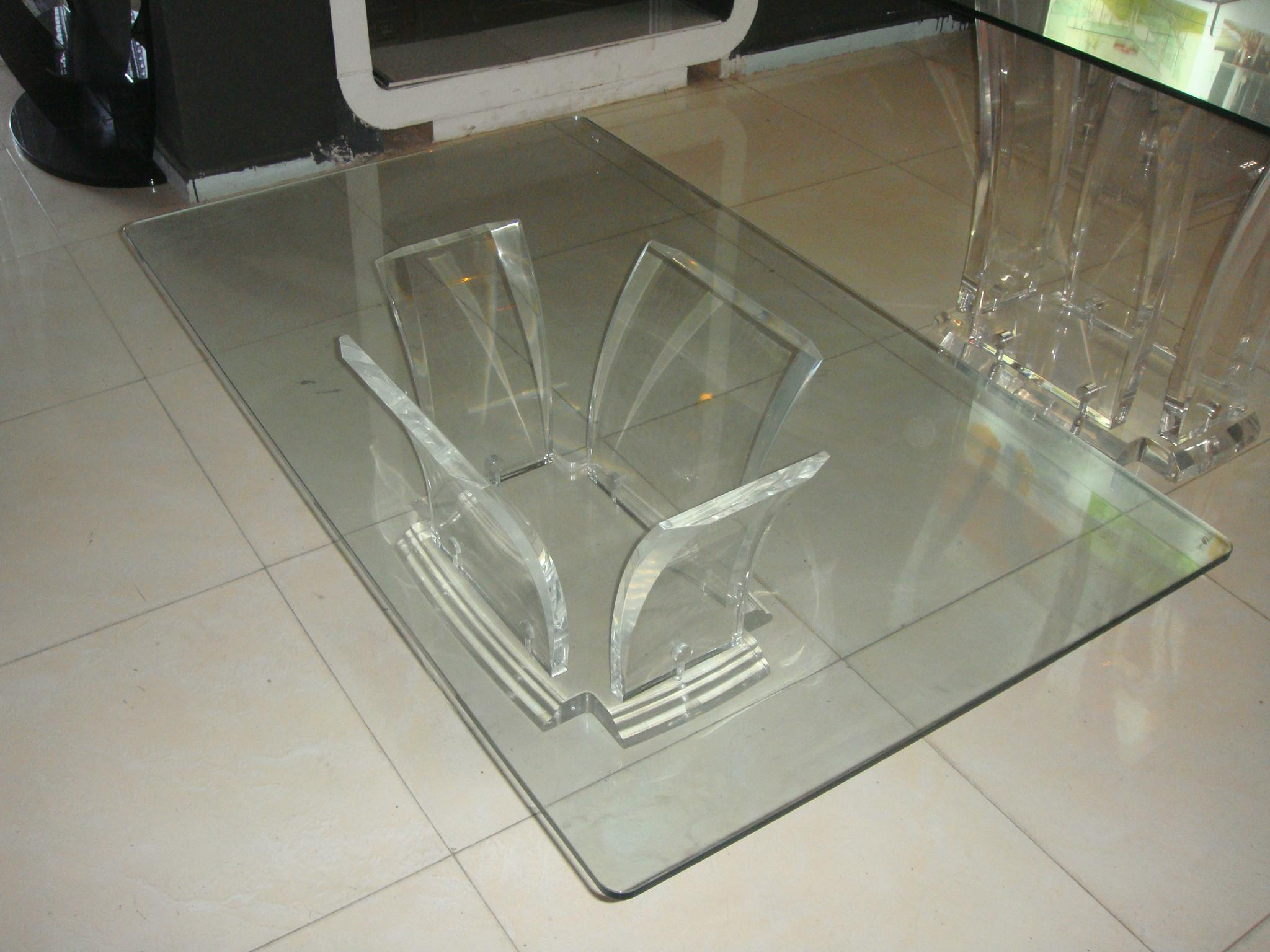 full transparant acrylic coffee table 2