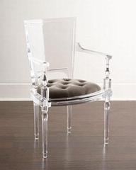 透明壓克力弧形靠背餐椅