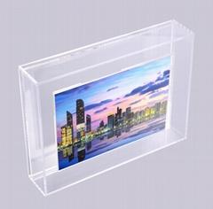 新款牆挂或是擺台懸浮亞克力磁鐵相框易拆換