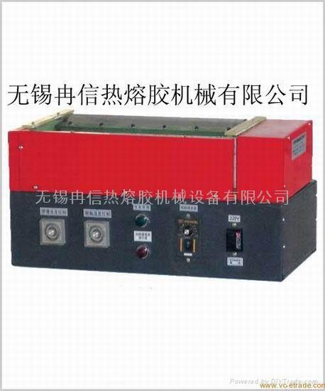 EPE熱熔膠塗膠機 1