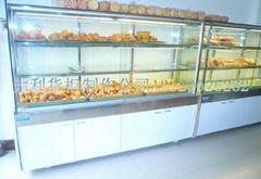 大玻璃门面包柜