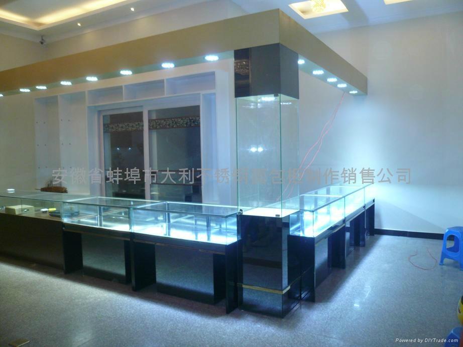 展示櫃 2