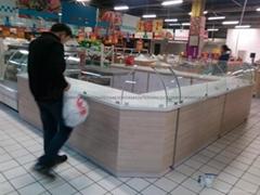 超市糕點櫃