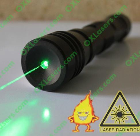 200mw handheld burning waterproof green laser pointer +adjustable lens+free ship 1