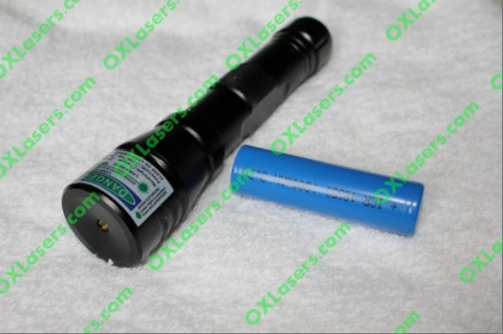 100mw wholesale china protable waterproof green laser pointer burn matches  4