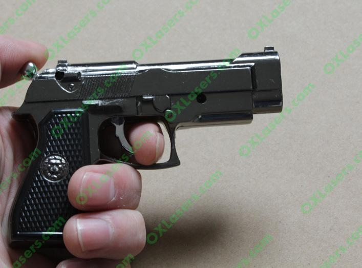 Gun style cigerettes lighter with a 5mw red laser pointer sight FREE SHIPPING 4