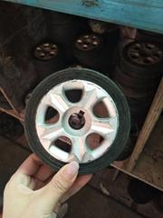 电动门橡胶轮子