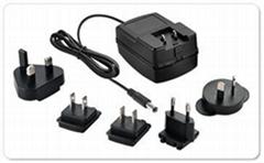 3P10-N05/10XXE系列 插墙型智能型镍氢/镍镉电池组充电器