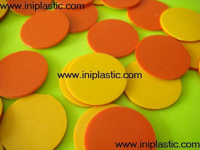 We are a plastic products factory  in China.Since 2000,we major in the OEM &ODM productions of the followings,we have our own molding shops where we can build molds at competitive price, our self-controlled workshops involve molding injection, pad printing, silk printing, assembly and packing,etc..Please see below is our catagories and attached pics are some products for your kind reference. 1)eductional school items 2)boardgames and printing 3)game accessories and chess 4)cute ducks 5)vinyl toys vinyl figurines 6)plastic molds 7)electronic gifts and gadgets 8)polyresin crafts 9)piggy banks 10)pet toys 11)keychains and topper 12)outdoor activity items 13)kitchenware bathroom and household appliance.