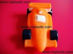 搪膠汽車|搪膠回力車|F1方程賽車|中山塑膠廠|中山模具廠