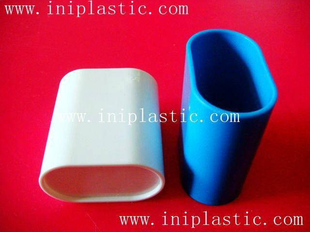 We are a plastic products factory  in China.Since 2000,we major in the OEM &ODM productions of the followings,we have our own molding shops where we can build molds at competitive price, our self-controlled workshops involve molding injection, pad printing, silk printing, assembly and packing,etc..Please see below is our catagories and attached pics are some products for your kind reference. 1)eductional school items 2)boardgames and printing 3)game accessories and chess 4)cute ducks 5)vinyl toys vinyl figurines 6)plastic molds 7)electronic gifts and gadgets 8)polyresin crafts 9)piggy banks 10)pet toys 11)keychains and topper 12)outdoor activity items 13)kitchenware bathroom and household appliance. ====================   We hope we can get this chance from you