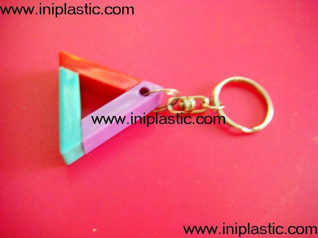 鑰匙扣帶吊飾是l塑料籌碼鑰匙扣兩面印刷logo 16