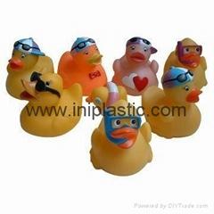 潛水鴨搪膠鴨子浴室鴨子洗澡鴨子儿童玩具小鴨
