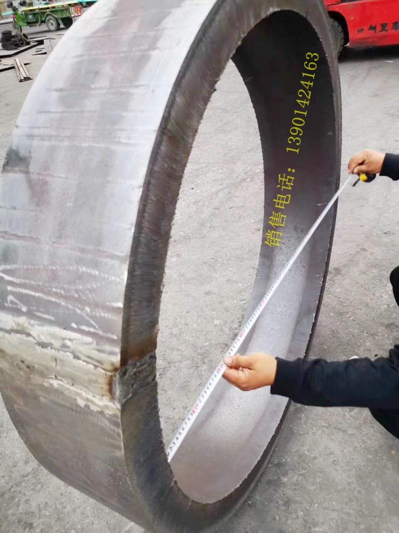 304不锈钢卷筒钢板下料卷圆焊接 1