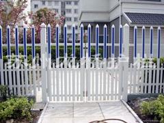 上海PVC草坪護欄
