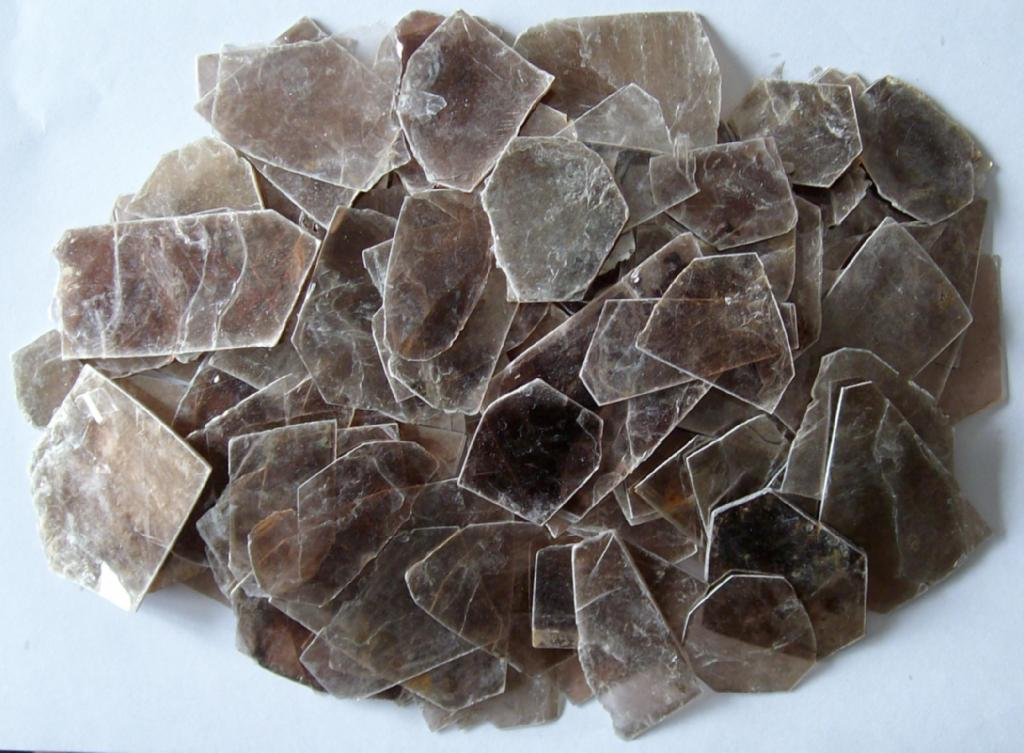 MICA BLOCKS / SPLITTINGS / CUT MICA PARTS