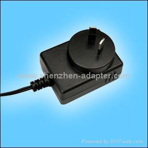 销售12W美式开关电源适配器 3