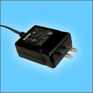 销售18W美式开关电源适配器 1