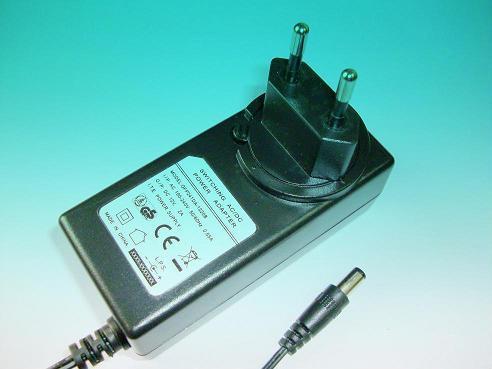 24W欧洲开关电源适配器 3
