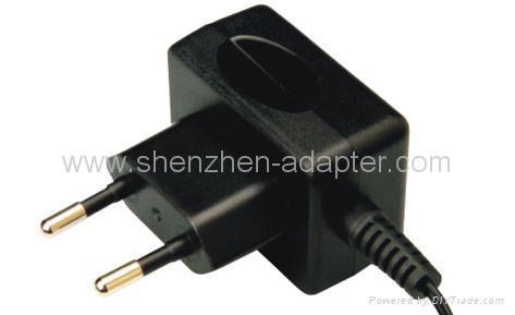 工厂销售5V0.5A欧规充电器 5