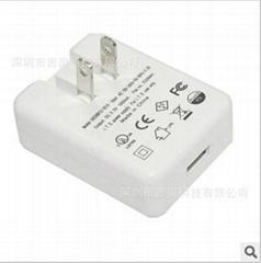 销售5V1A  白色USB充电器