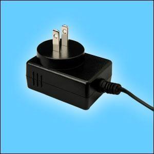销售GFP151U-120125-1 12V1.25A 美/日 开关电源适配器 3