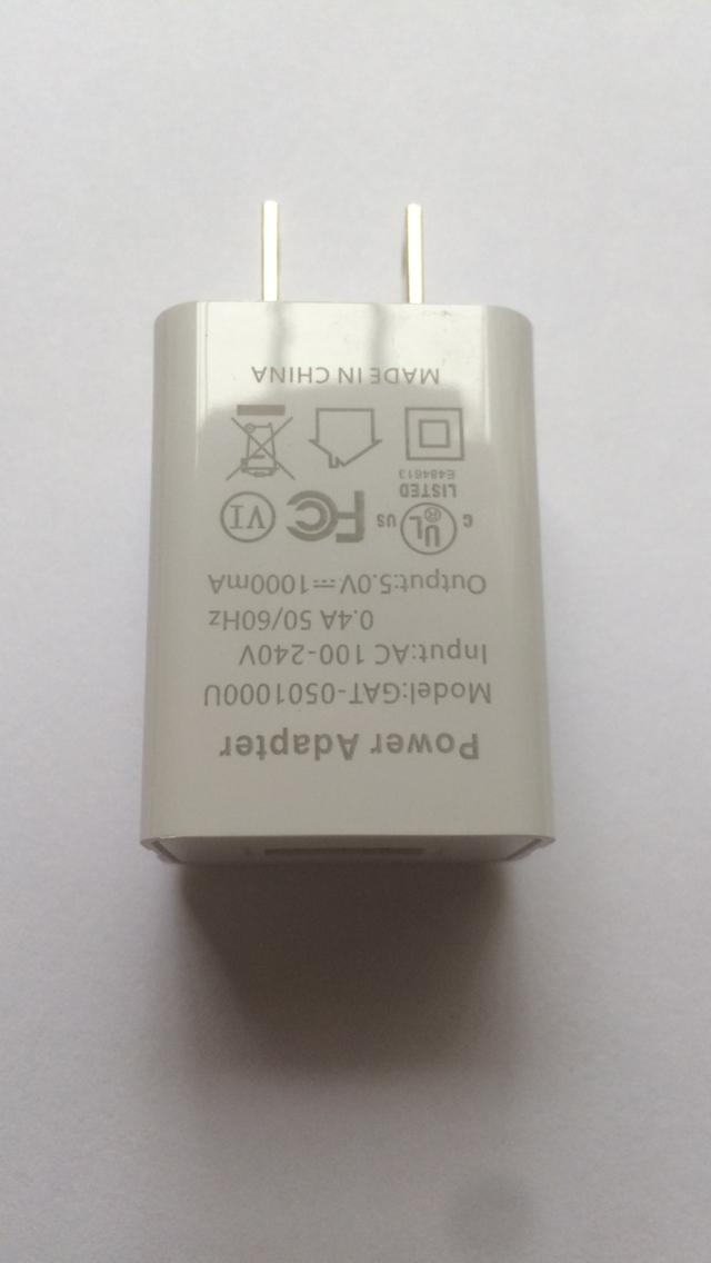 批发UL认证充电器5V1A,出口美国,白色 2