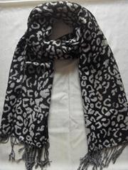 长期供应时尚豹纹围巾
