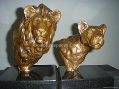 Bronze desktop lion