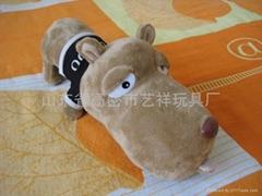 毛絨玩具大頭狗