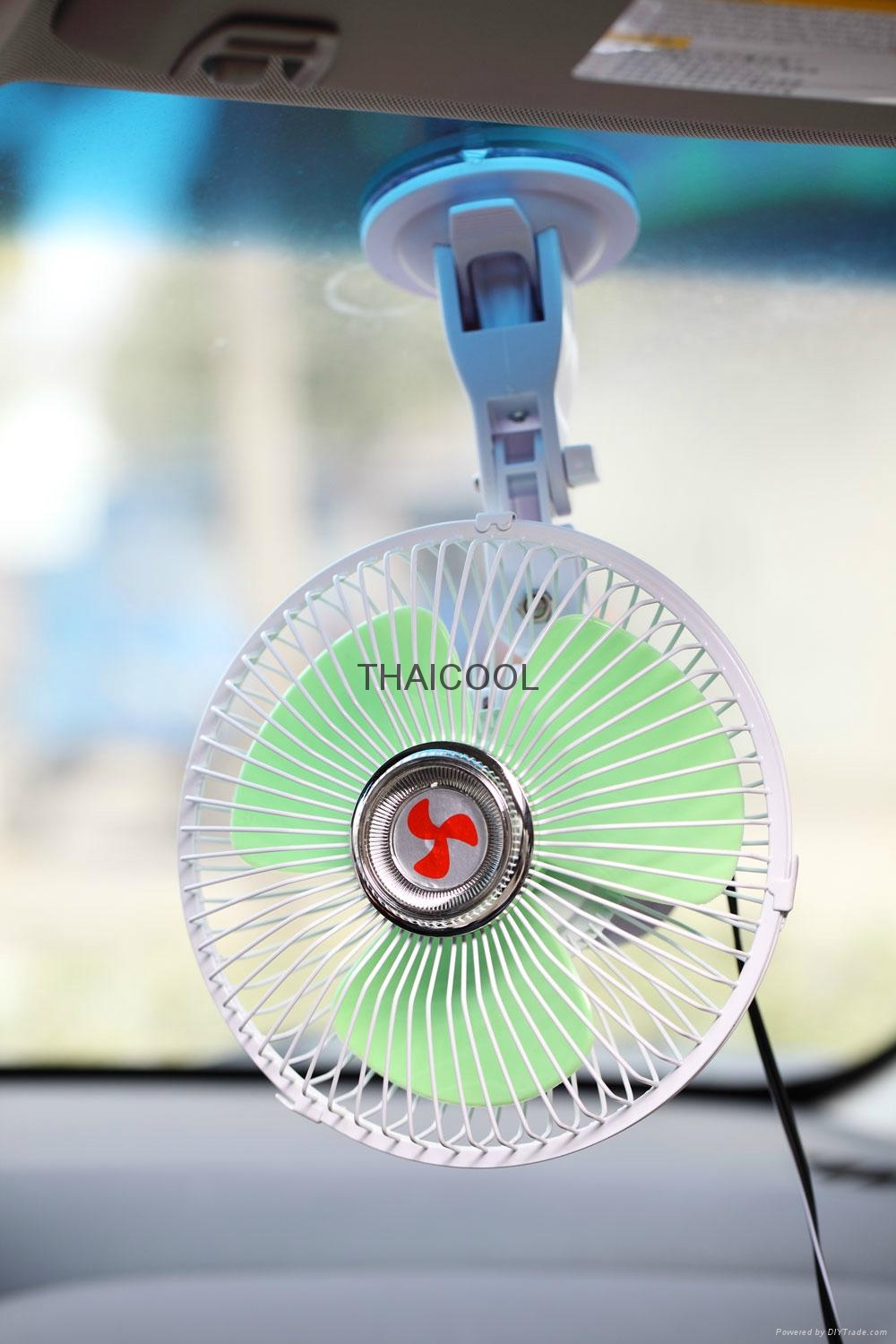 Oscillating Mini Suction Car Fan with Suction Cup 2