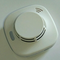 Independent Battery Powered Photoelectric Smoke Alarm