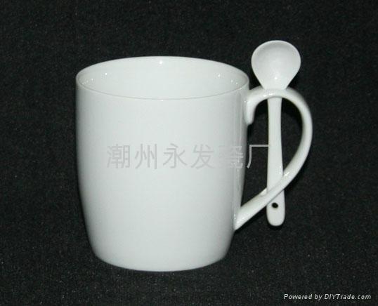 陶瓷小酒杯 2