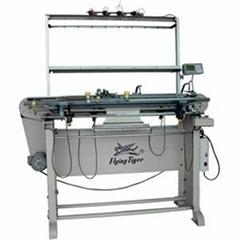Hand knitting machine with motor